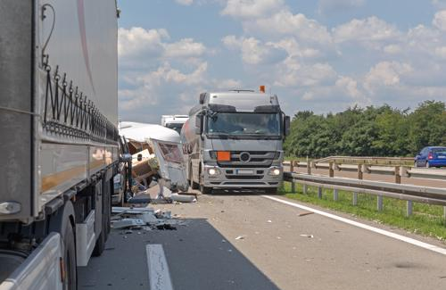 Review your truck accident claim with our attorneys today.
